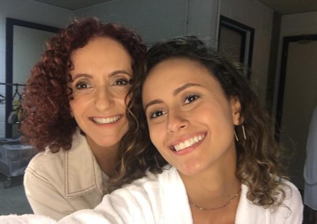 """Gorete Milagres faz post de despedida de """"Malhação"""" ao lado da filha (Foto: Reprodução/Instagram)"""