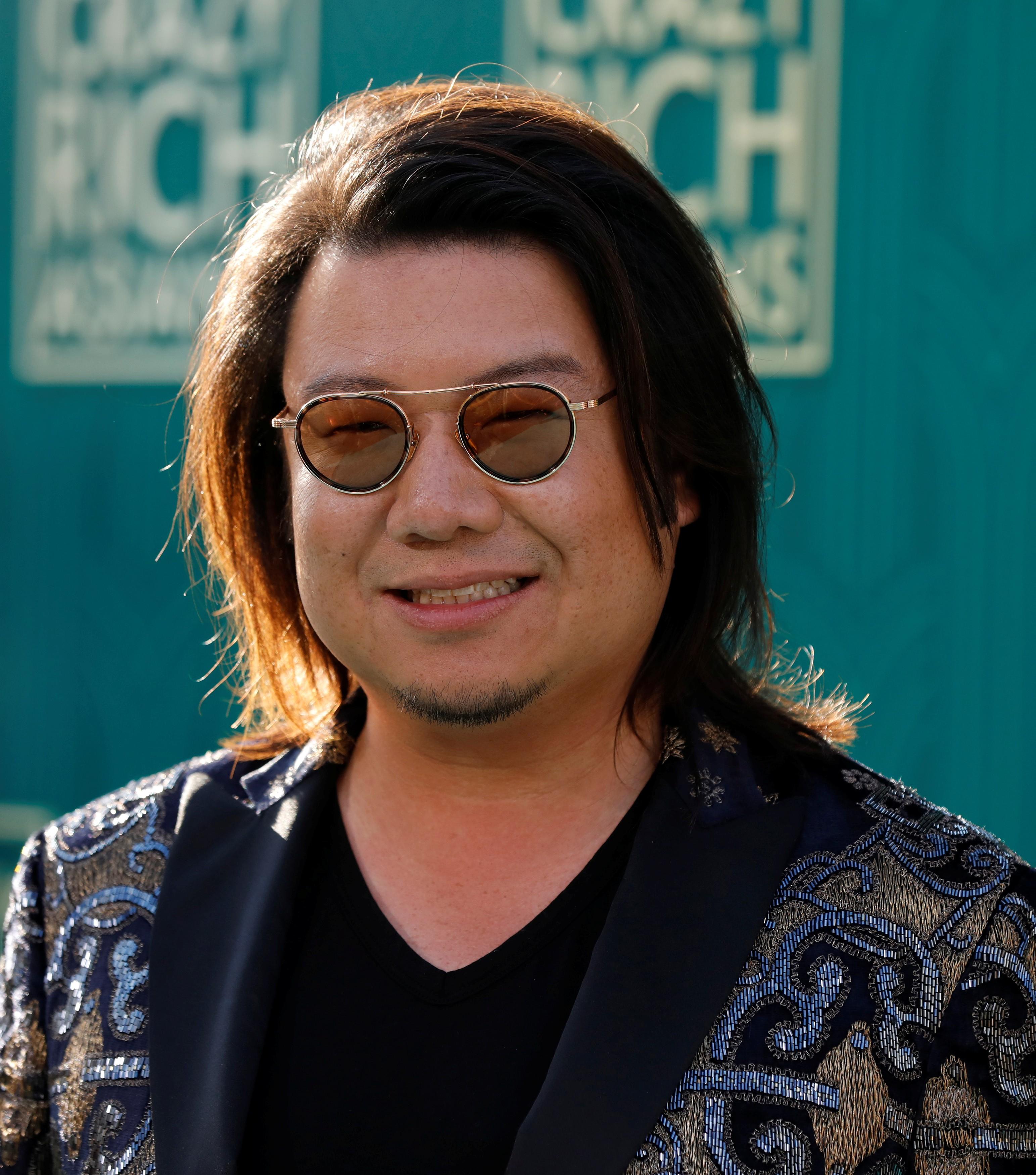 Kevin Kwan, autor de livro 'Podres de Ricos', é procurado em Singapura por evitar serviço militar 2