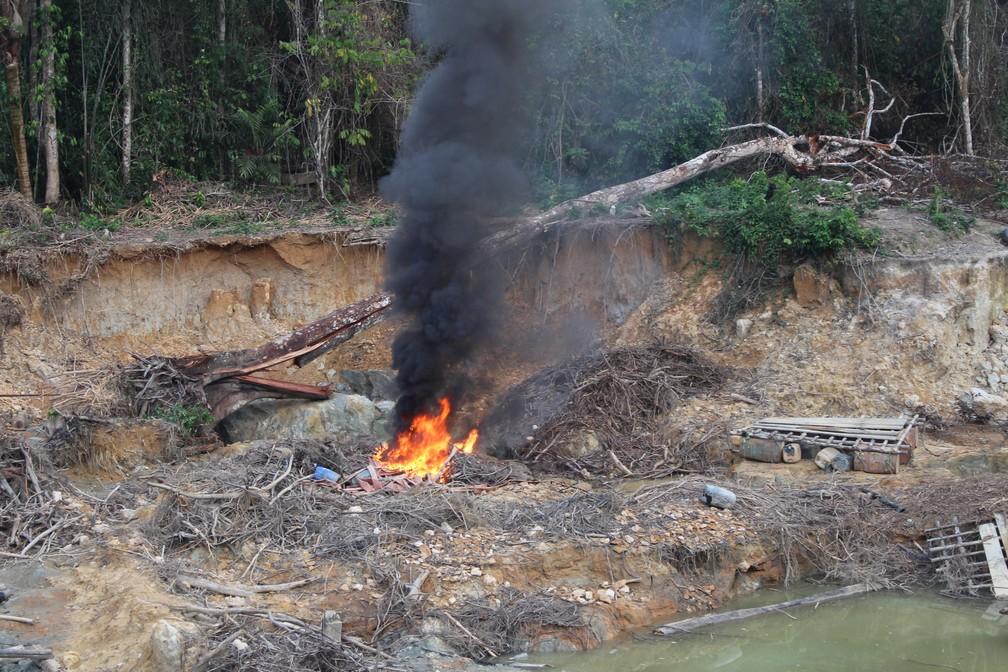 Operação Walopali destrói garimpo ilegal na Terra Indígena Yanomami — Foto: Funai/Divulgação