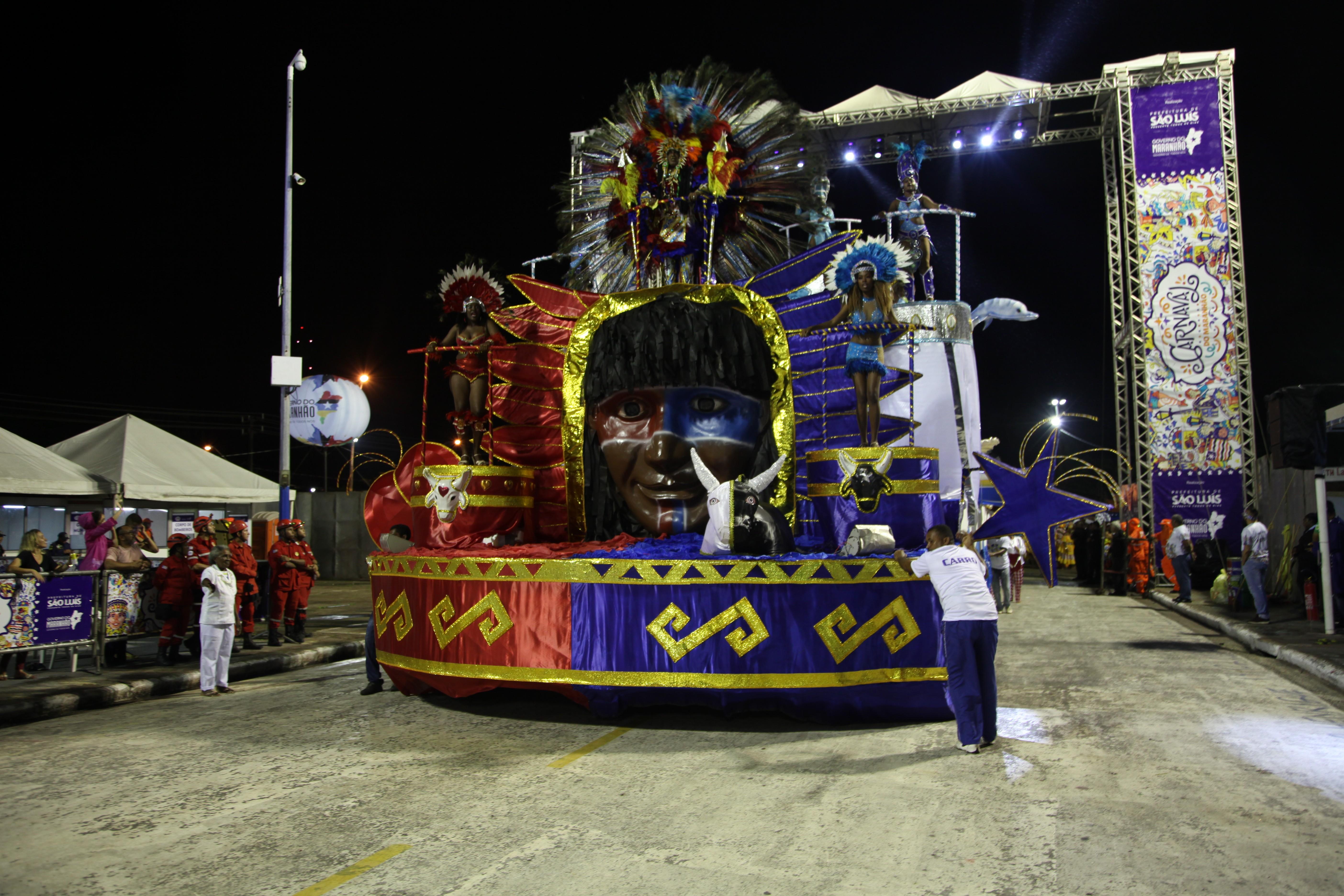Flor do Samba, Marambaia e Império Serrano ganham a platéia no segundo dia de desfiles em São Luís