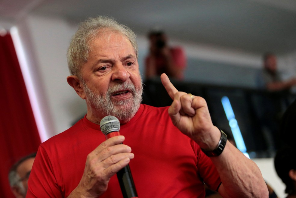 Lula discursa no sindicato dos Metalúrgicos de São Bernardo em foto de janeiro de 2018 (Foto: Leonardo Benassatto / Reuters)