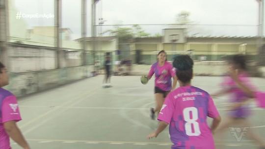 EM Profª Maria Aparecida de Araújo vibra com penta da Copa TV Tribuna de Handebol Escolar