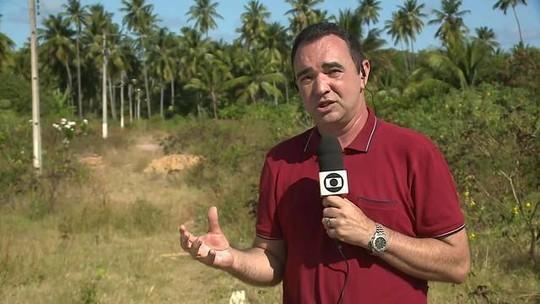 Manchas de óleo atingem a praia de Maragogi, em Alagoas