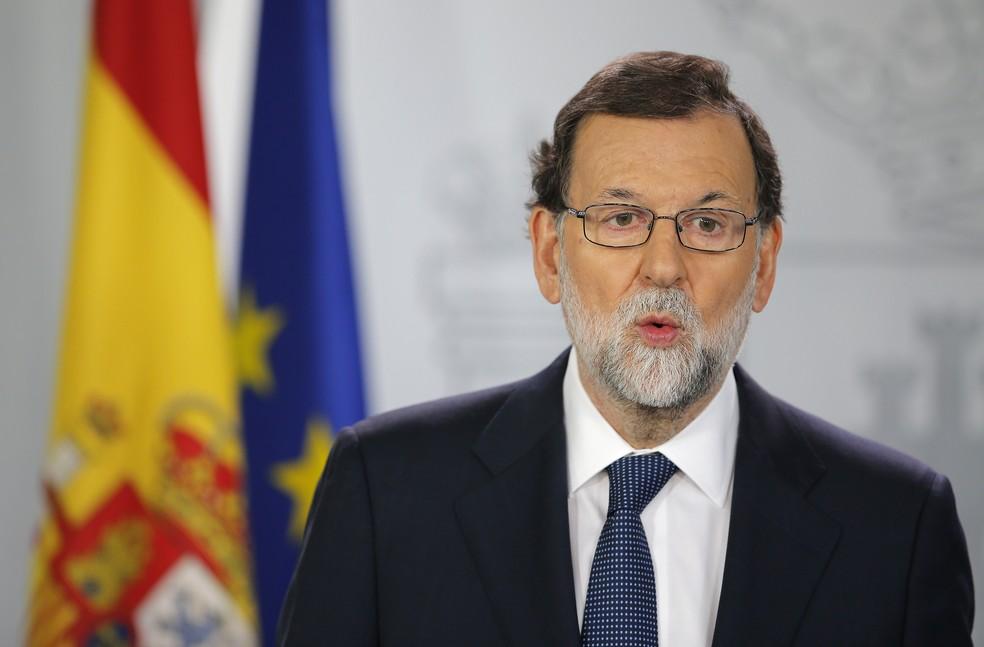 Premiê da Espanha, Mariano Rajoy, faz discurso sobre a Catalunha no Palácio Moncloa, em Madri (Foto: Paul White/AP Photo)