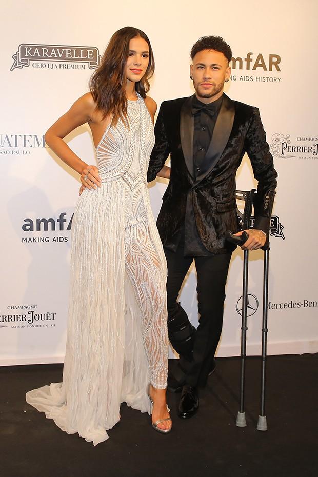 Neymar e Bruna Marquezine (Foto: Manuela Scarpa e Iwi Onodera/Brazil News)