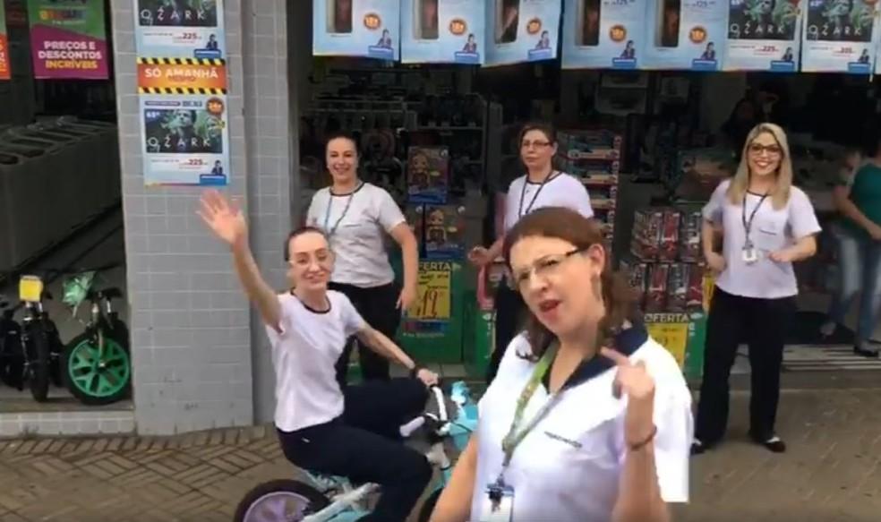 Vídeo com funcionárias de loja de Avaré faz sucesso na internet