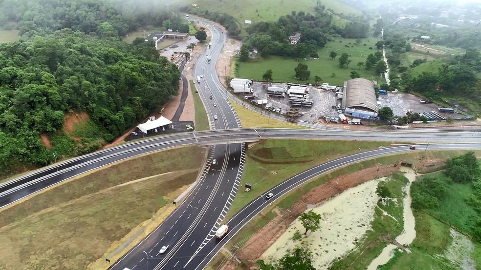 Viaduto entre a BR-262 e a BR-101 é inaugurado em Viana — Foto: Reprodução/ TV Gazeta