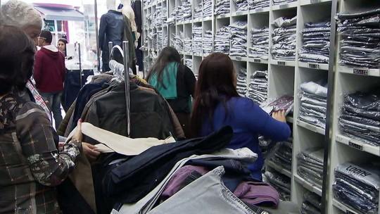 Abertura de lojas do comércio recua 33% no primeiro semestre