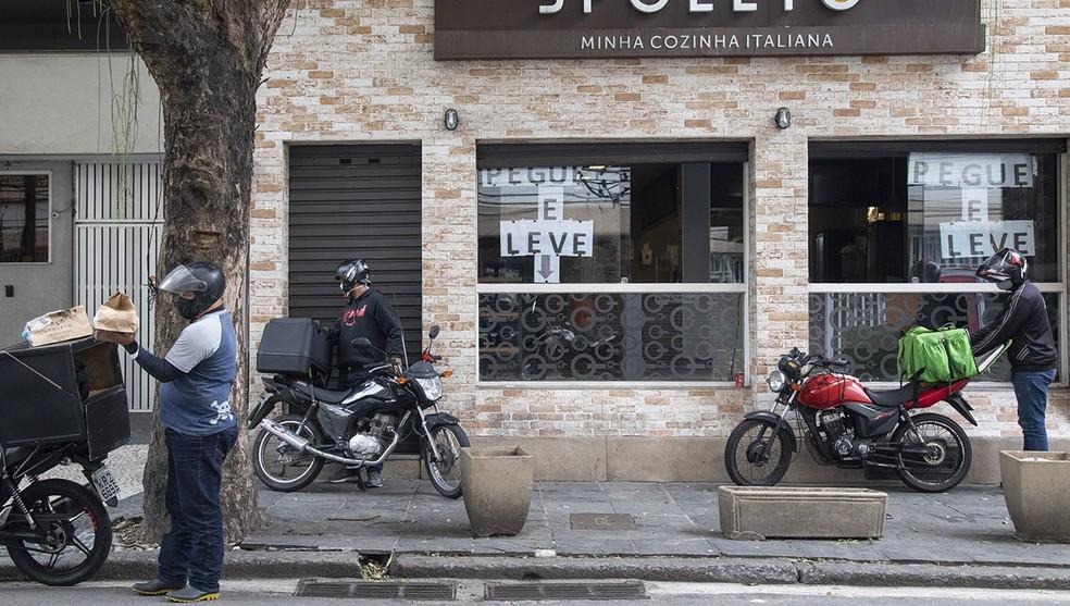 Restaurantes pretendem atrair novos competidores nacionais ou regionais para fazer frente aos aplicativos — Foto: Ana Branco/Agência O Globo