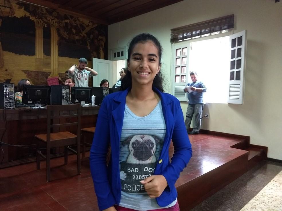 Thainara Lima participa pela primeira vez de um processo seletivo (Foto: Aline Nascimento/G1)
