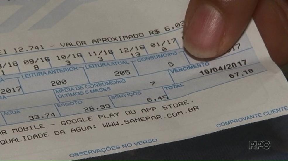 Sanepar tira dúvidas sobre faturas  — Foto: Reprodução/RPC