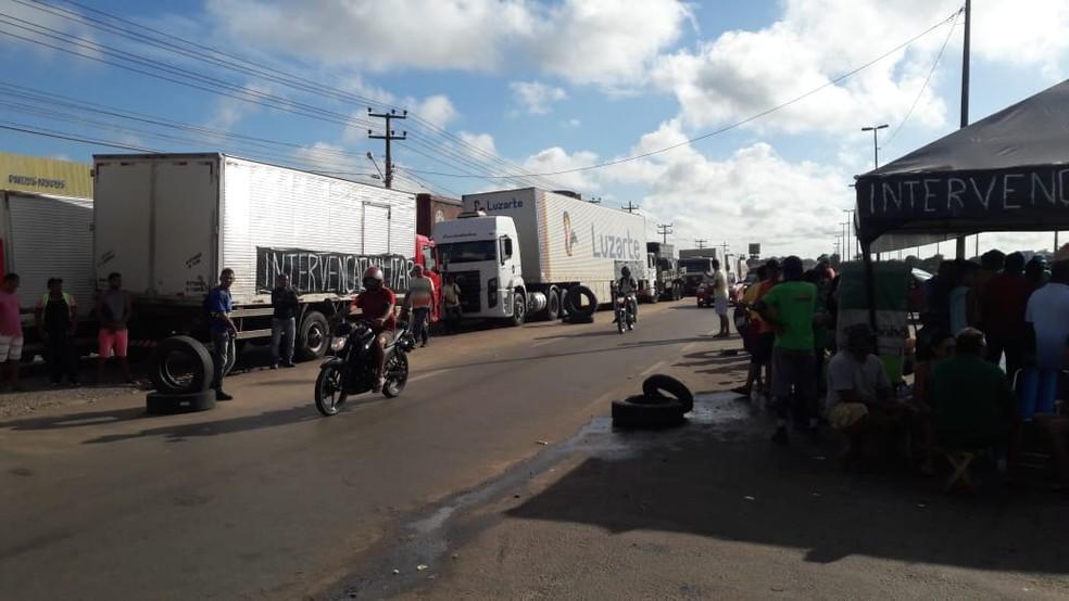 Greve dos caminhoneiros que já entra pelo quinto dia consecutivo no Maranhão (Foto: Divulgação/Polícia Rodoviária Federal)