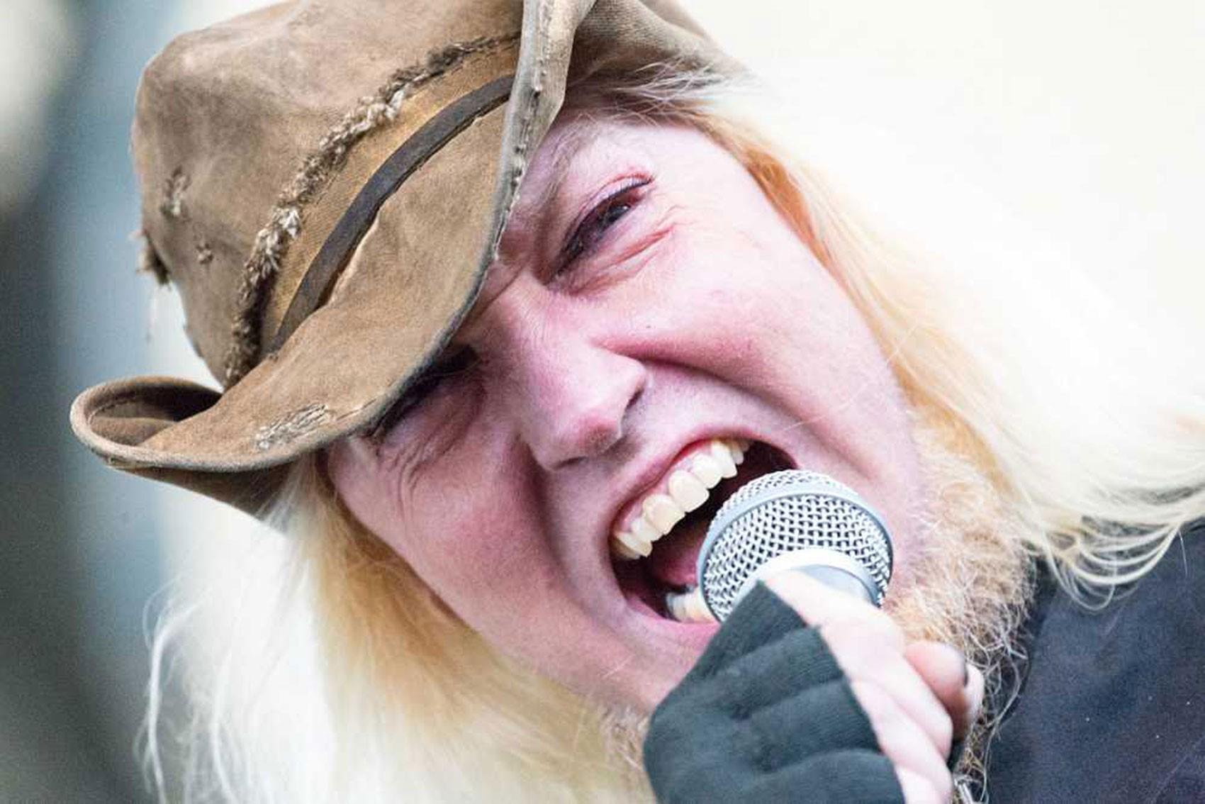 Warrel Dane, vocalista do Sanctuary e do Nevermore, morre no Brasil aos 56 anos