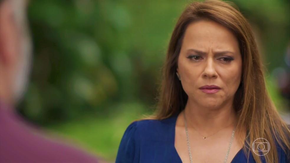 Revelação confirma ainda mais a tese de Lili (Vivianne Pasmanter) sobre a filha — Foto: TV Globo