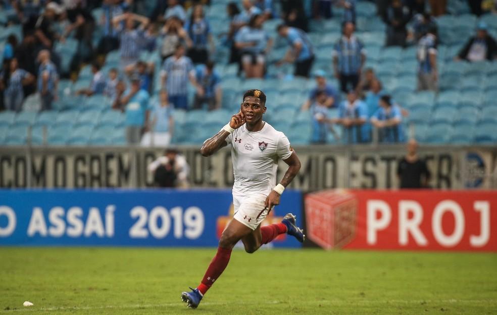 Yony Gonzalez foi vítima de insulto racista na partida contra o Grêmio — Foto: Lucas Merçon