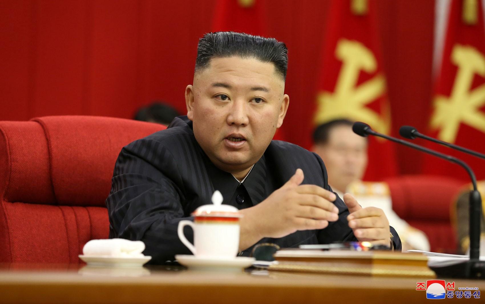 Kim Jong-un diz que Coreia do Norte deve se preparar para