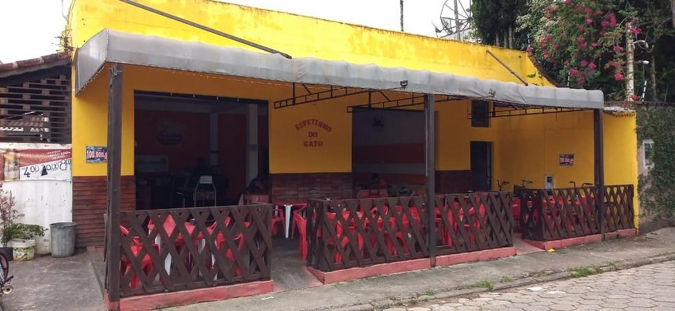 Suspeito arrombou e furtou restaurante localizado no Centro de Juquiá, SP — Foto: Arquivo Pessoal