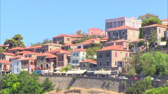 Pelo Mundo: Como a crise dos refugiados afeta o turismo na Grécia