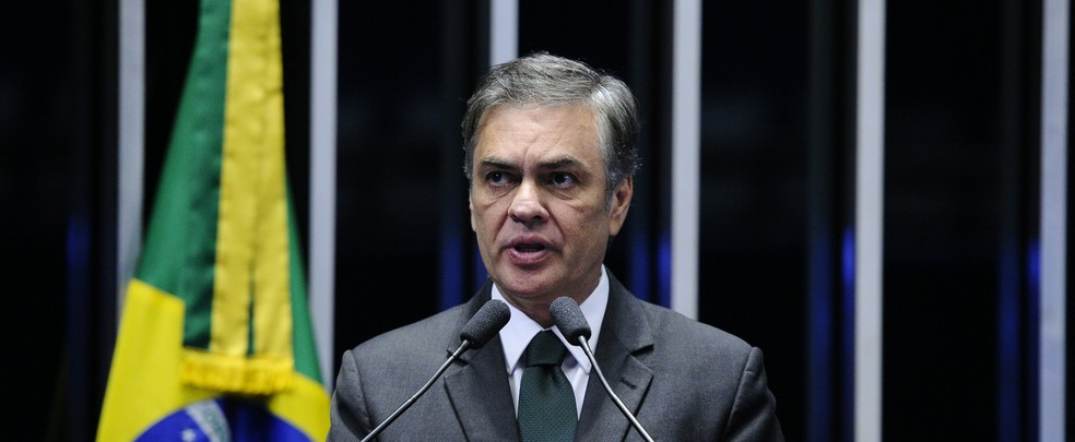 O senador Cássio Cunha Lima (PSDB-PB), durante discurso no Senado em 30 de maio de 2018 — Foto: Edilson Rodrigues/Agência Senado