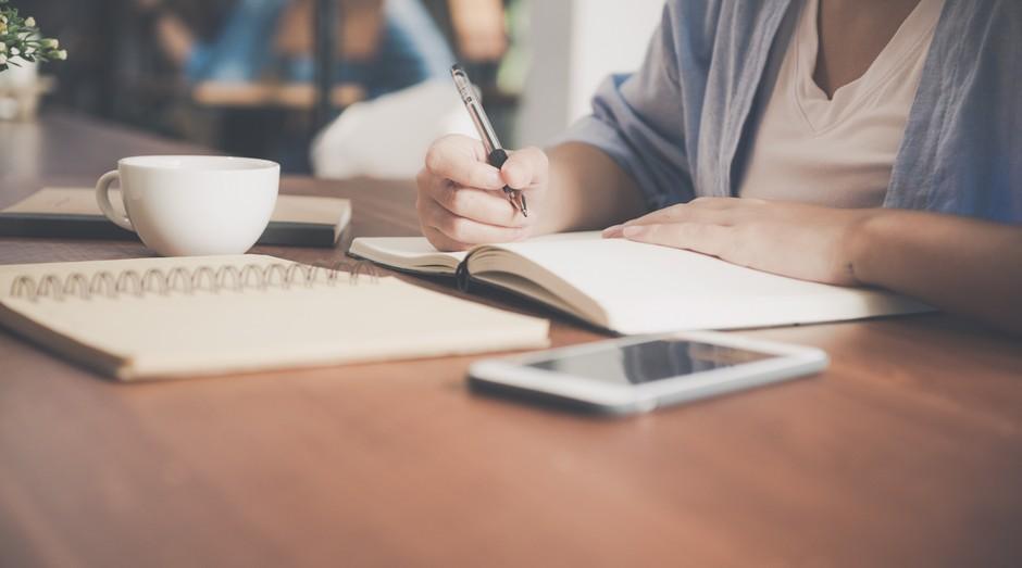 Caderno, escrita, trabalho (Foto: Divulgação)