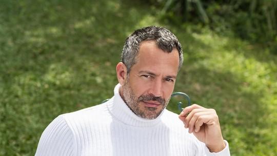 Malvino Salvador não descarta quarto filho e fala da relação com Kyra Gracie: 'Não sou meloso'
