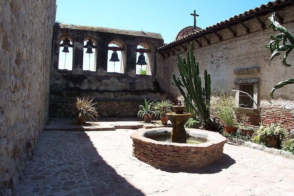 San Juan Capistrano, na Califórnia, foi a grande inspiração para o mapa Inferno de CS:GO — Foto: Reprodução/Wikipedia