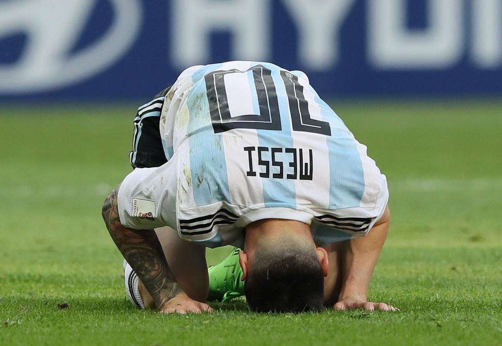 Messi lamenta eliminação da Argentina nas oitavas da Copa para a França — Foto: Getty Images