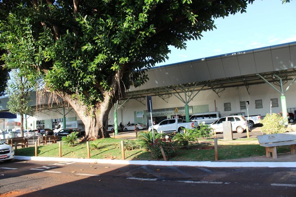 -  Aeroporto de Uberlândia vai ganhar complexo logístico licitado pela Infraero  Foto: Caroline Aleixo/G1