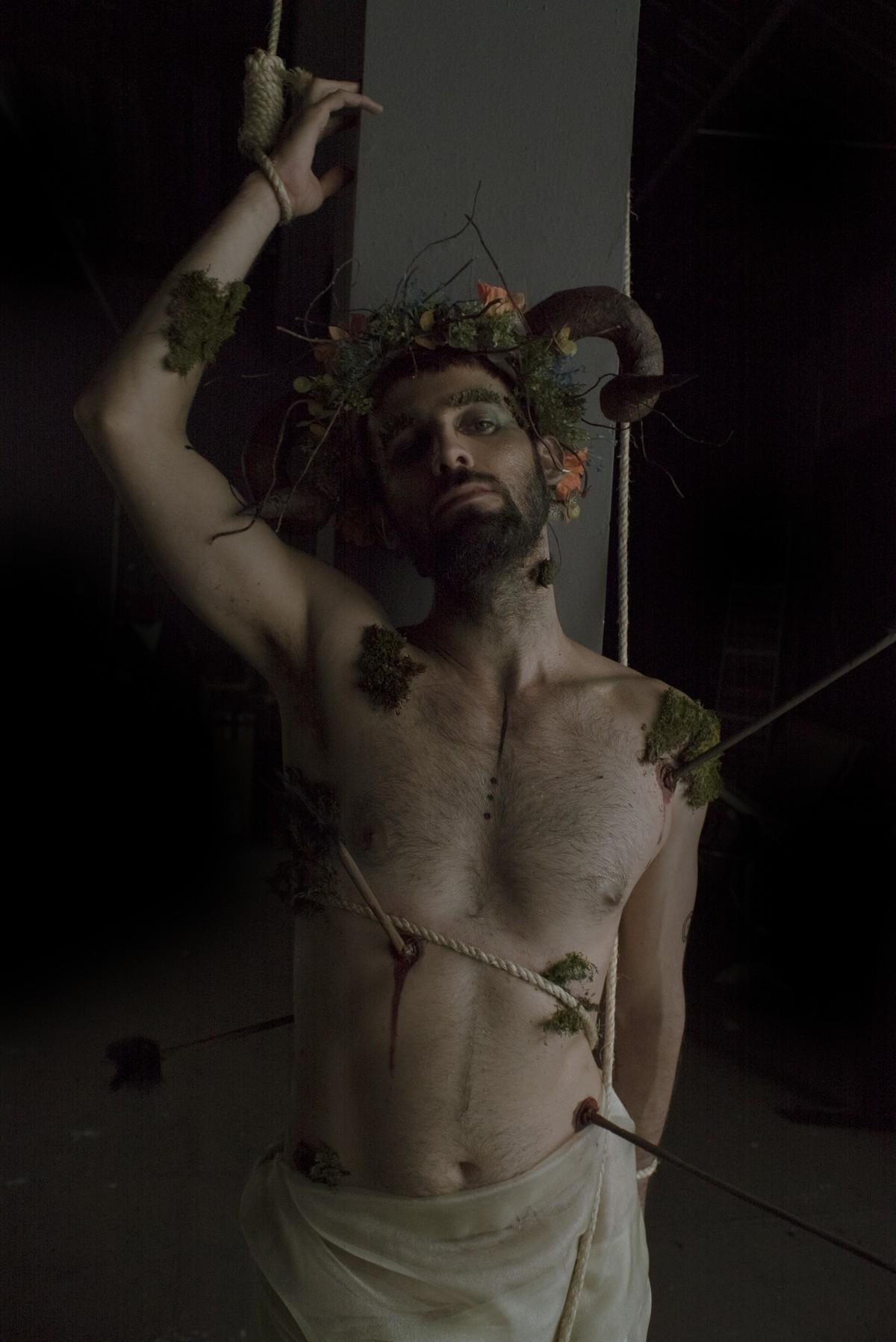 Cantor São Yantó, conhecido como Lineker, se apresenta neste domingo em Mogi das Cruzes