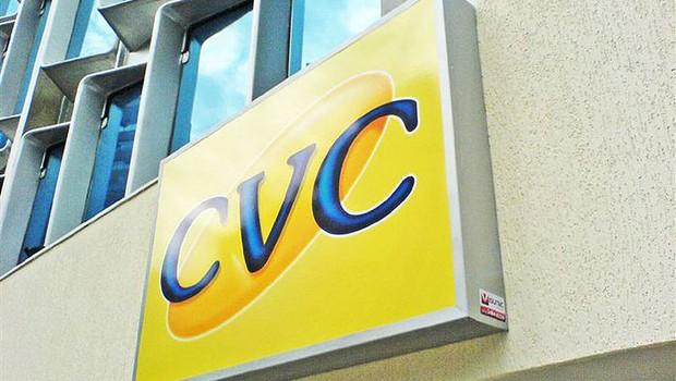 Fachada de loja da empresa de turismo CVC (Foto: Reprodução/Facebook)