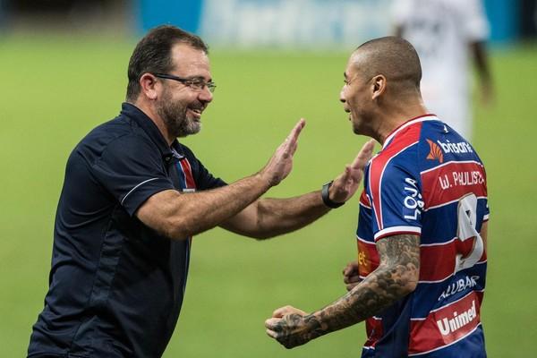 """Enderson Moreira e Wellington Paulista têm uma """"final"""" contra o Bahia no sábado — Foto: Thiago Gadelha/SVM"""