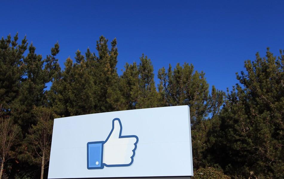 Funcionário do Facebook criticou práticas da Cambridge Analytica meses antes do que se sabia