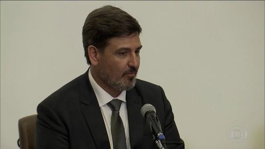 Segóvia questiona denúncia contra Temer após tomar posse na PF