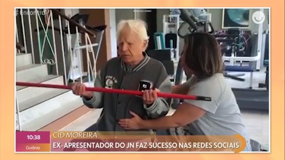 Cid Moreira compartilha o dia a dia com os seguidores — Foto: TV Globo