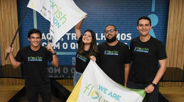 Time da Flourish, startup foi fundada pelo brasileiro Pedro Moura  (Foto: Divulgação )