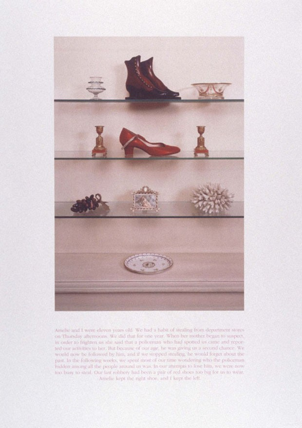 <em>Red Shoe</em>, 2000, de Sophie Calle