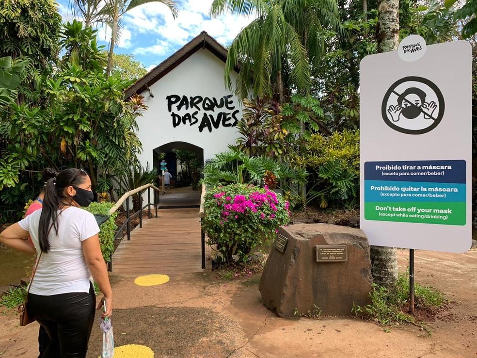 Parque das Aves reabre para visitação no dia 1º de setembro, em Foz do Iguaçu — Foto: Marcos Landim/RPC