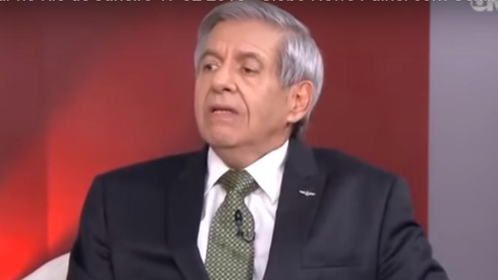 General Augusto Heleno durante entrevista à GloboNews — Foto: Reprodução/GloboNews