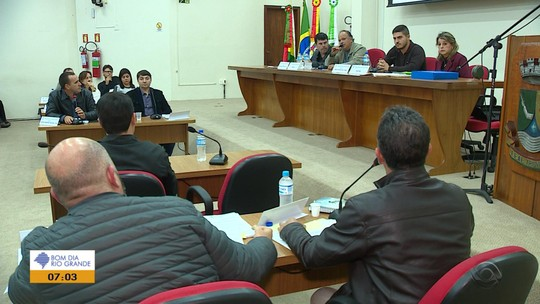 Vereadores de Triunfo arquivam processo de impeachment contra prefeito