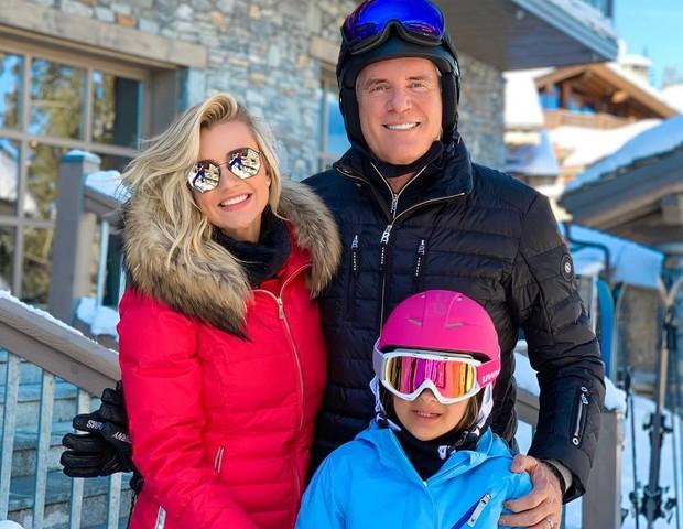 Rafinha está com o pai, Roberto Justus, e a namorada, Ana Paula Sibert, na França (Foto: Reprodução/Instagram)
