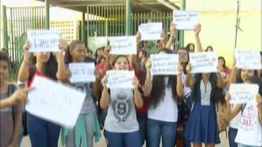 Alunos e professores de Parauapebas denunciam que estão há oito meses sem refrigeração nas salas de aula