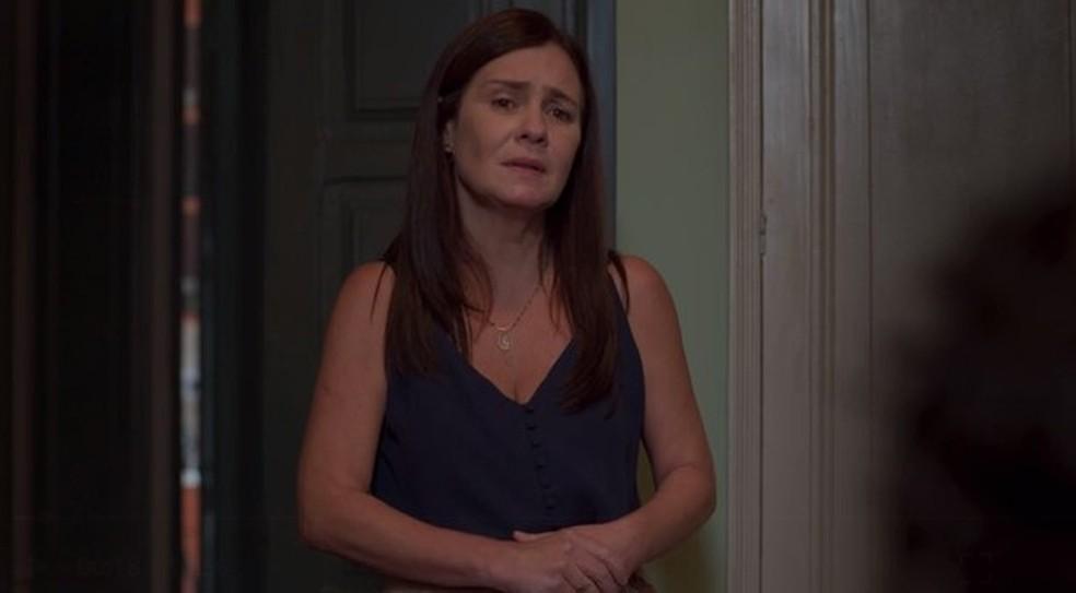 Thelma consegue convencer Danilo — Foto: Globo