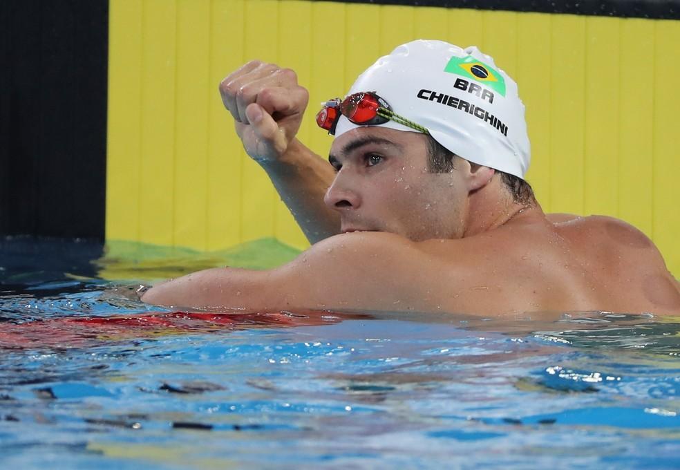 A comemoração de Marcelo Chierighini após o ouro nos 100m livre — Foto: REUTERS/Sergio Moraes