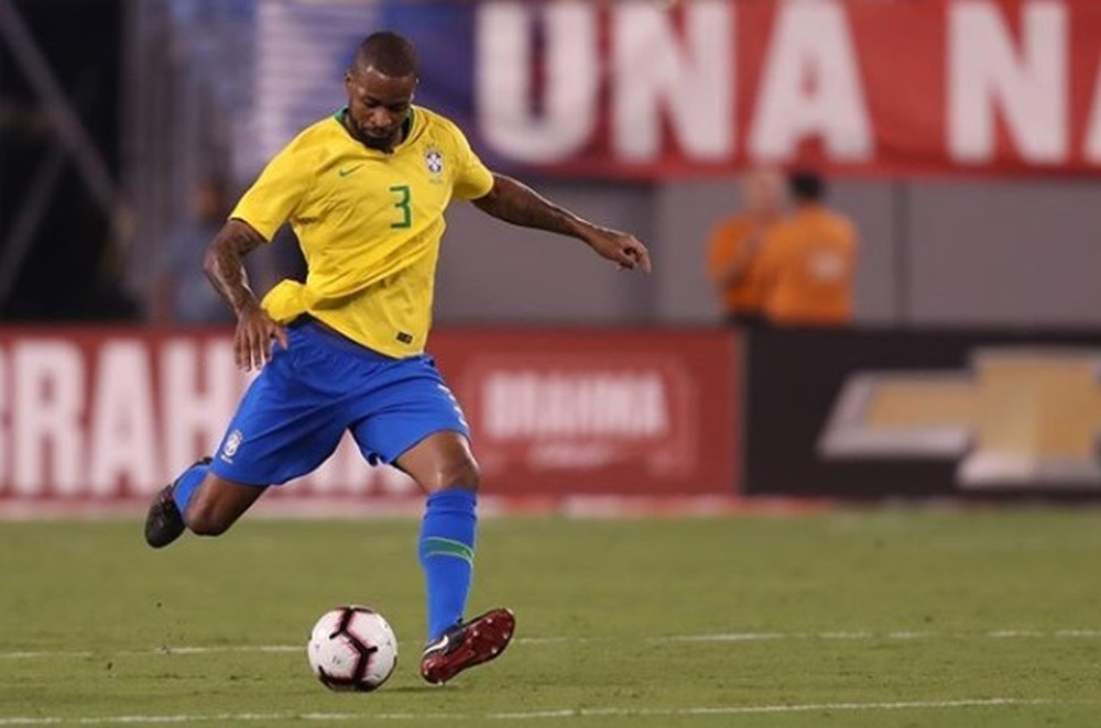 Auxiliar de Tite revela impressão deixada por Dedé na Seleção e enaltece o zagueiro no Cruzeiro