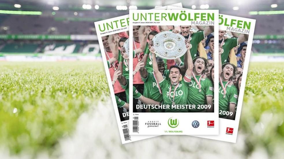 Revista do Wolfsburg comemora título histórico — Foto: Reprodução