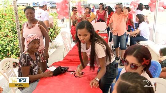 Campanha 'Dezembro Vermelho' é realizada no Maranhão