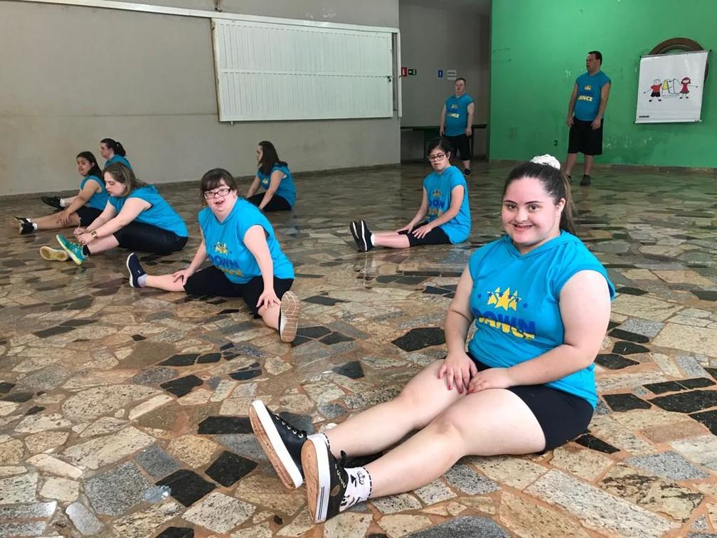 Grupo de Limeira será a primeira equipe formada exclusivamente por dançarinos com Síndrome de Down a participar do festival — Foto: João Baxega