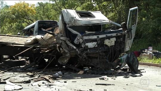 Idosa morta em acidente na BR-251 viajava para a Paraíba pela primeira vez em micro-ônibus, diz genro