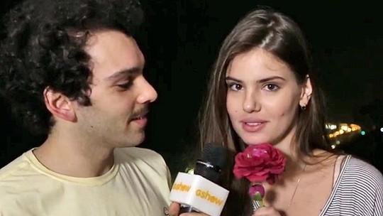 Camila Queiroz já chora com o fim de 'Verdades Secretas'; atriz conta tudo em vídeo!