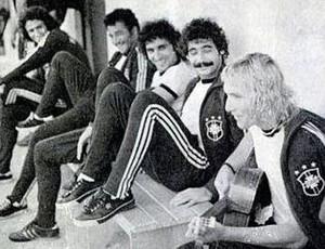 Imagem com Marinho Chagas e Rivelino, em 1974 #RN (Foto: Arquivo Pessoal)